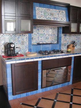 L\'antica Ceramica vietrese artigianale, pavimenti e rivestimenti
